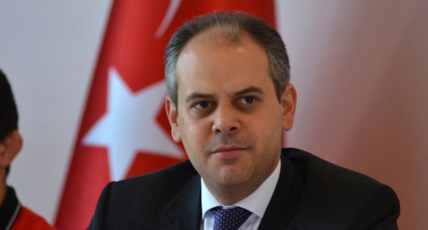 Bakan Kılıç Galatasaray'ı kutladı