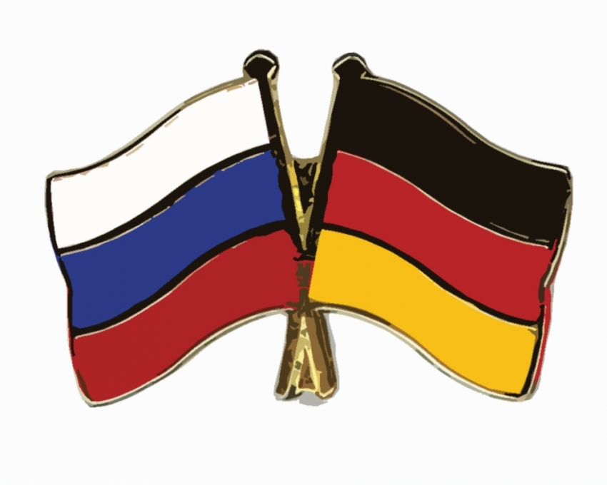 Almanya-Rusya flörtü aşka dönüşüyor
