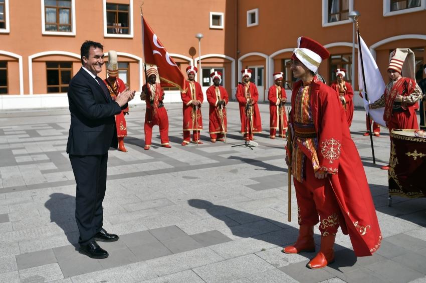 Osmangazi'den 70 ülkeye bilim, kültür ve kardeşlik