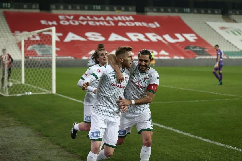 Bursaspor-Eskişehirspor maçından en özel fotoğraflar