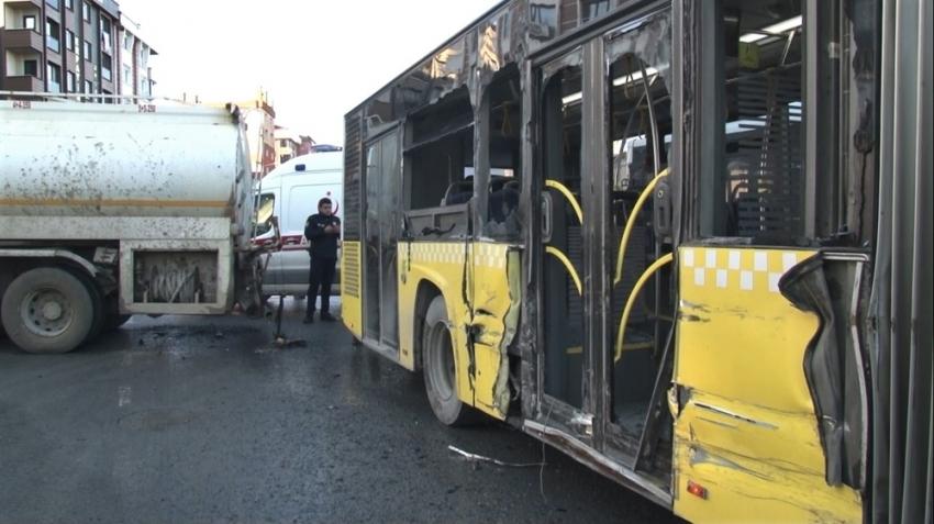 Su tankeriyle halk otobüsünün çarpıştığı kaza kamerada