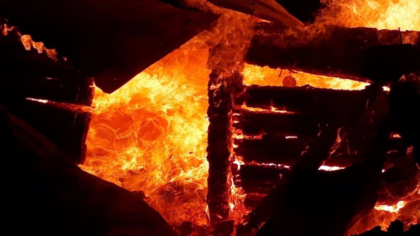 Yangın can aldı