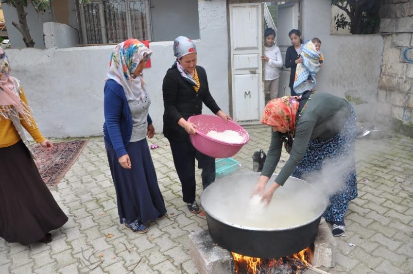 Mehmetçik'e ev yemeği