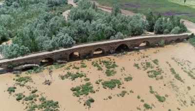 Kral Yolu üzerindeki 2 bin yıllık köprü