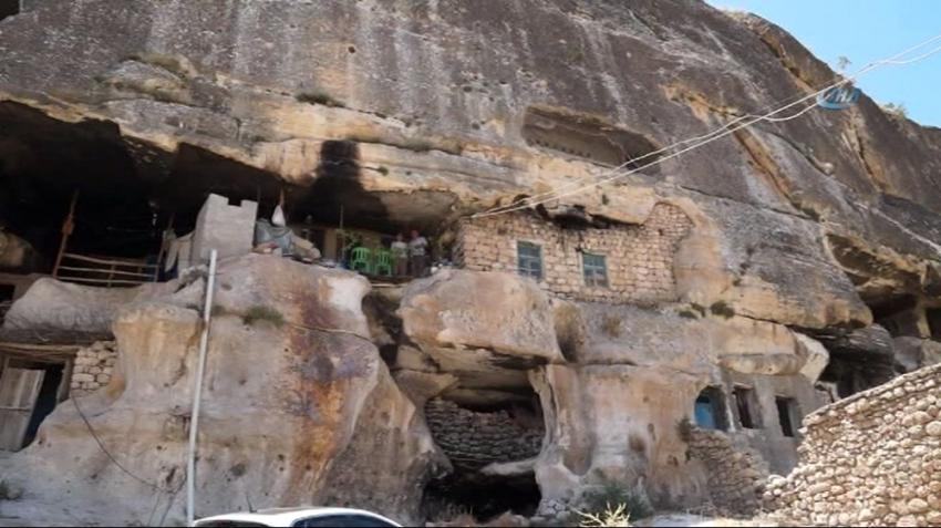20 yıldır yaşadığı mağara için imar başvurusu yapacak