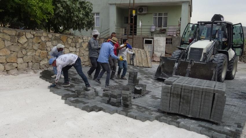 Bunlar asker değil, inşaat işçileri