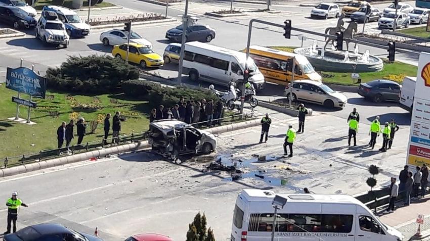 Kavşakta korkunç kaza: 15 yaralı