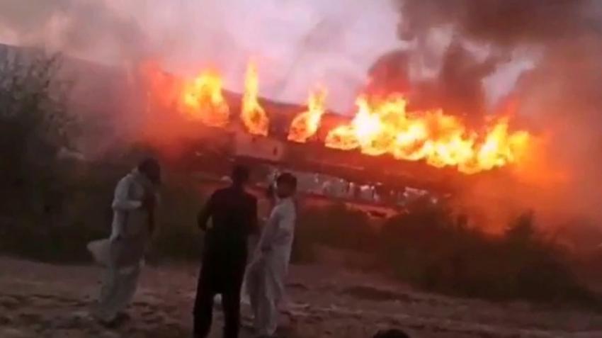 Pakistan'da facia ! 62 ölü