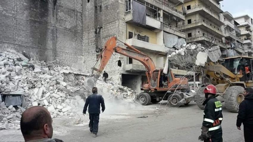 Çöken bina 11 kişiye mezar oldu