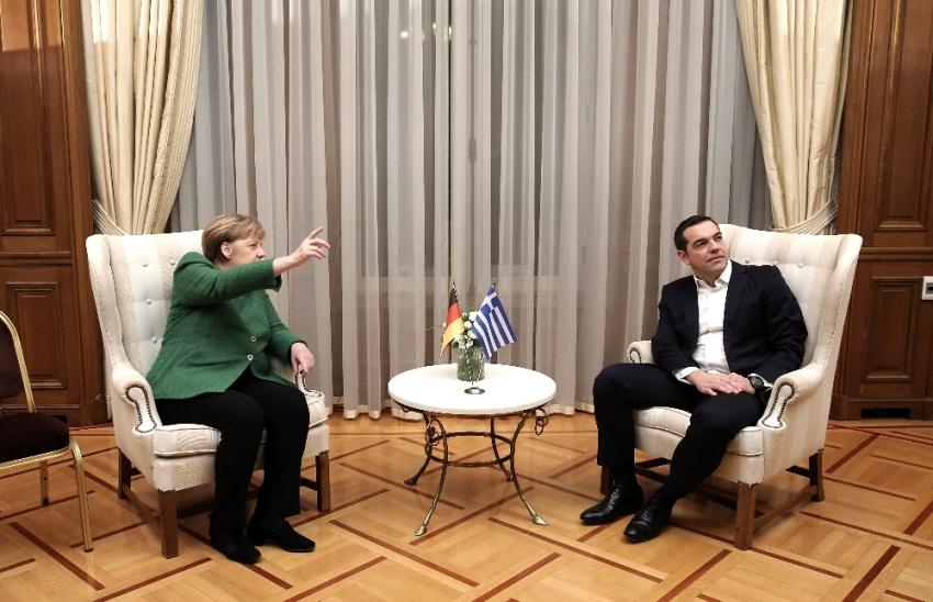 Almanya Başbakanı Merkel Atina'da