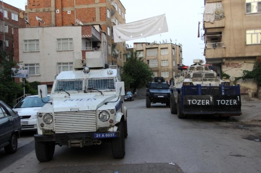 Diyarbakır'da bir kişi evinde öldürüldü