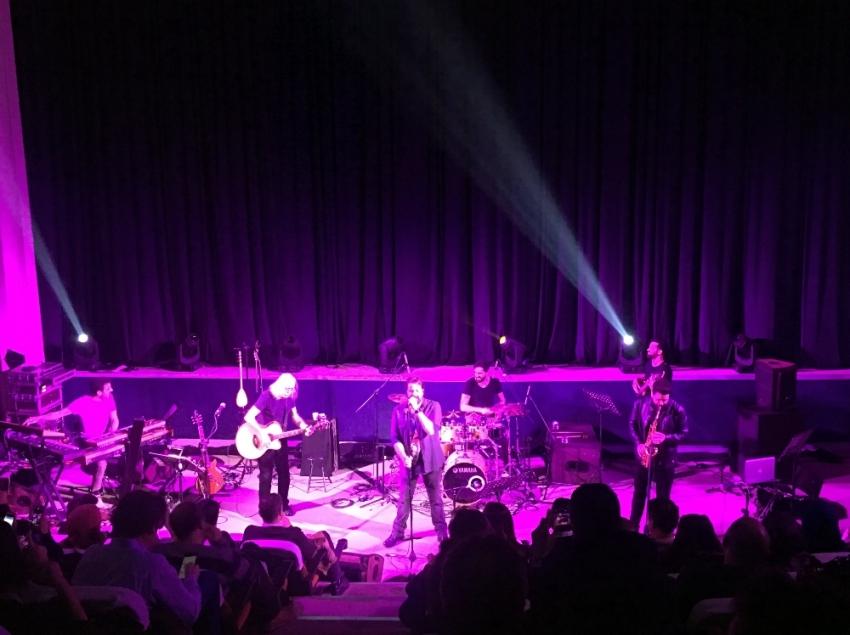 Usta müzisyen Cahit Berkay'dan müzik ziyafeti