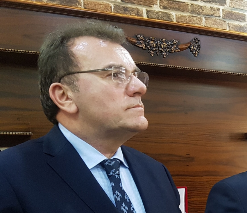 AP Genel Başkanı Öz, Cumhurbaşkanı adaylığı için YSK'ya başvurdu