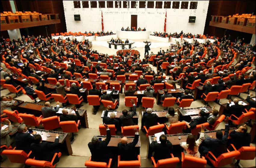 Meclis Başkanlığı için oylama başladı