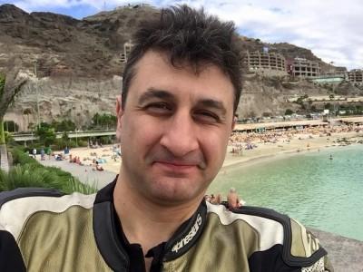 """""""Altın Elbiseli Adam"""" hayatını kaybetti"""