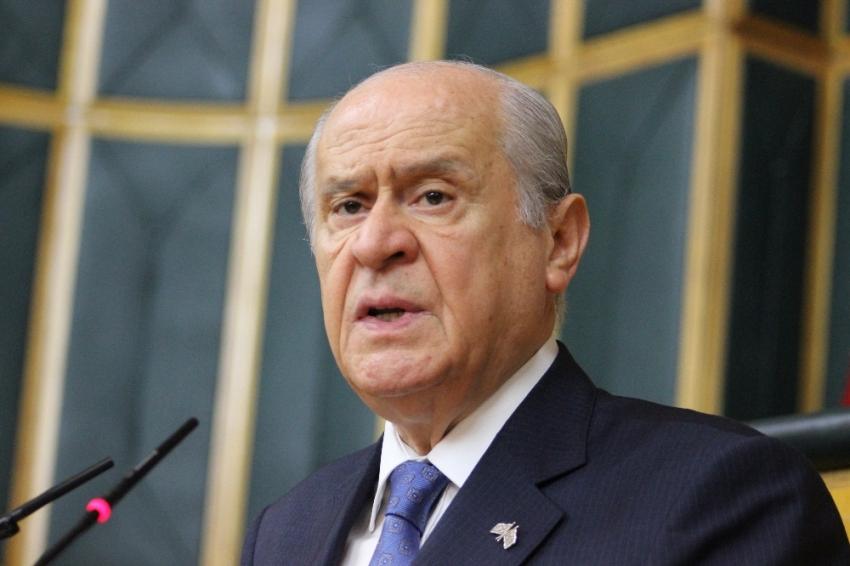 MHP liderine 121 yıllık hediye