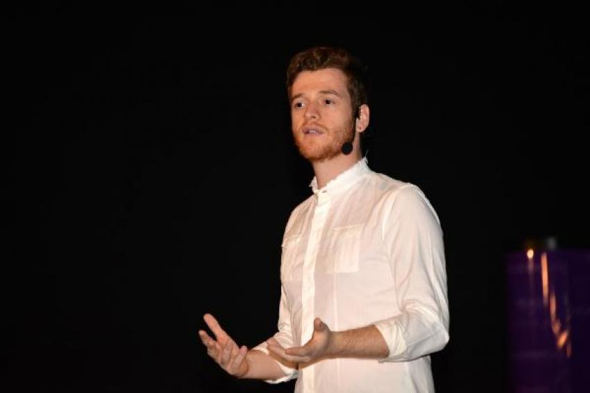 Metin Hara, Bursa'da seminere katıldı