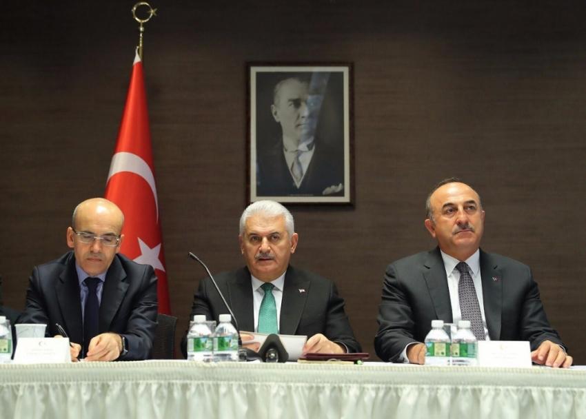 Türk ve Akraba Toplulukları temsilcileriyle bir araya geldi