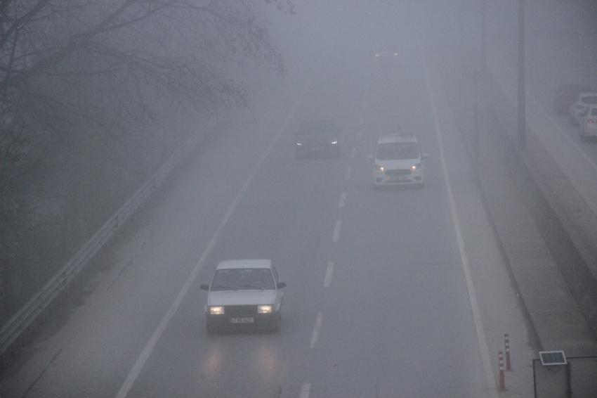 Sürücülerin sisle imtihanı