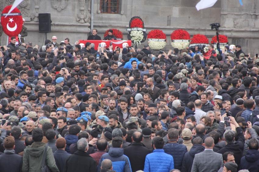 Erdoğan şehit teğmenin cenaze törenine katıldı