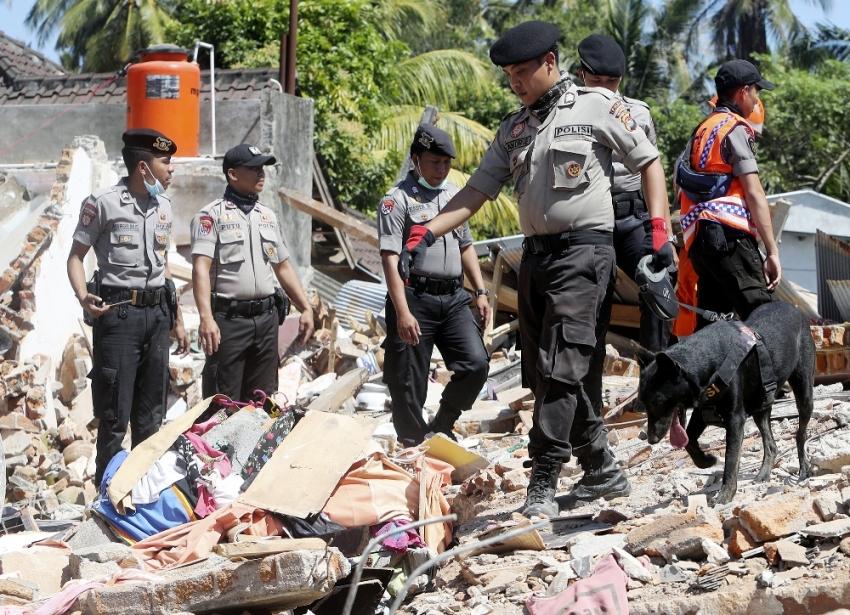 Endonezya'da depremde ölü sayısı 131'e yükseldi