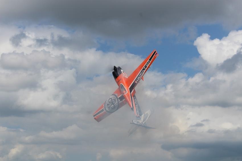 Model uçakların gösterisi büyüledi