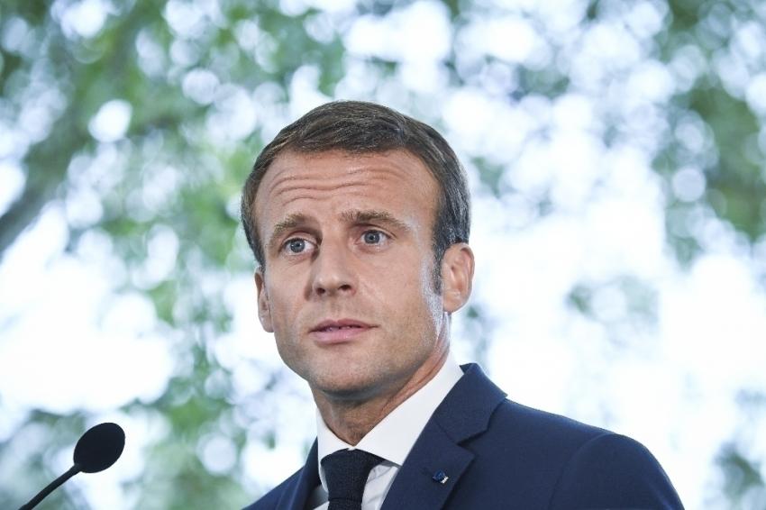 Fransa Cumhurbaşkanı Macron, İngiltere Başbakanı Johnson ile bir araya geldi