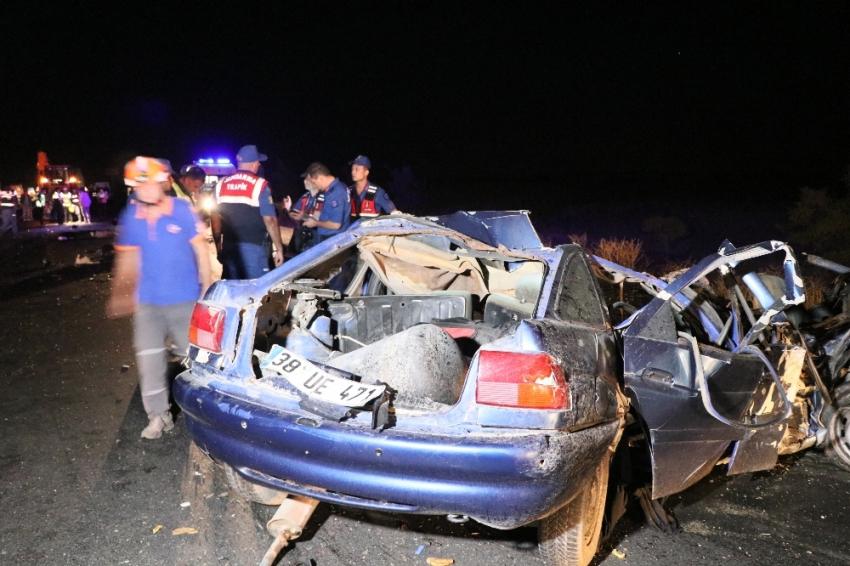 Aksaray'da zincirleme trafik kazası: 2 ölü