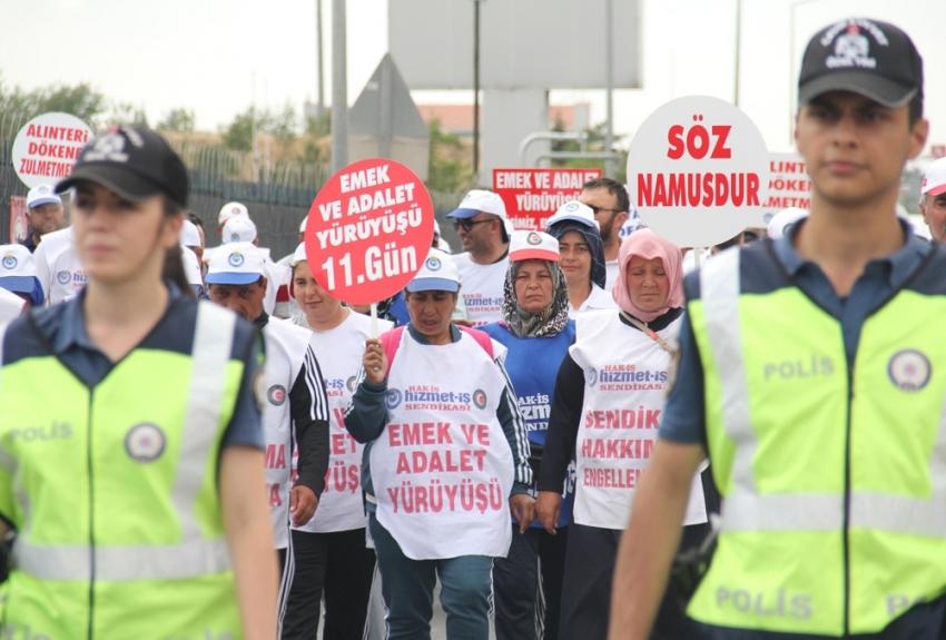 Emek ve Adalet Yürüyüşü'nde sendikalılar CHP Genel Merkezi'ne yaklaştı