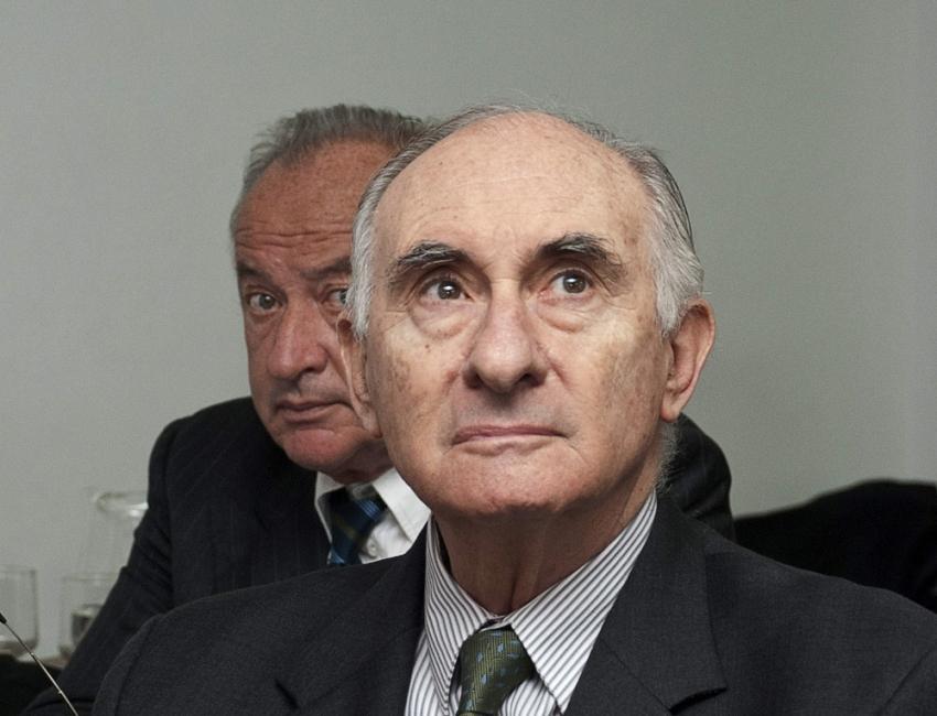 Arjantin'in eski devlet başkanı hayatını kaybetti