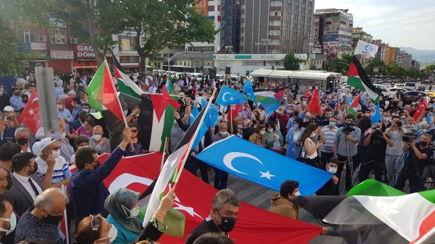 Bursa'da, Filistin ve Doğu Türkistan'da yaşanan olaylar protesto edildi