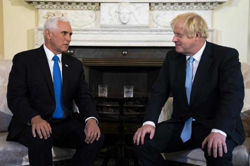 İngiltere Başbakanı Johnson, ABD Başkan Yardımcısı Pence ile görüştü