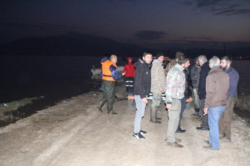 İzmir'de ördek avı faciası: 1 ölü, 2 kayıp