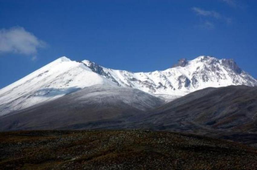 Erciyes Dağı'na Haziran karı