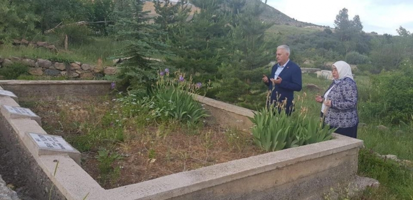 Binali Yıldırım memleketi Erzincan'da