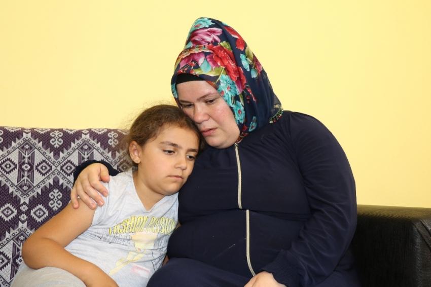 Okula gidemeyen 8 yaşındaki Azeri kızı, yardım bekliyor