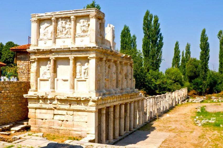 Aşk, doğa ve bolluk; Afrodisias