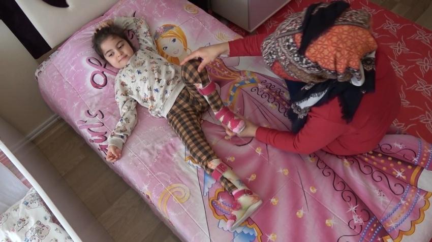 Virüs yüzünden yürüyemeyen küçük Esin'e Kırıkkale Valiliği sahip çıktı