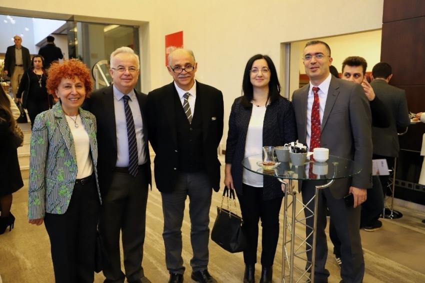 Türkiye'nin Kadın Hastalıkları ve Doğum uzmanları Ankara'da buluştu