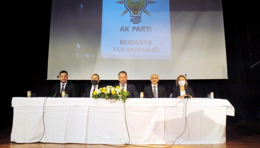 Mudanya AK Parti Divan Meclisi toplandı