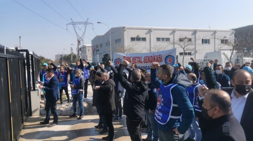 Bursa'da işçiler eyleme geçti