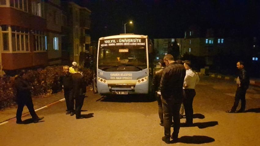 Seyir halindeki halk otobüsü alev aldı