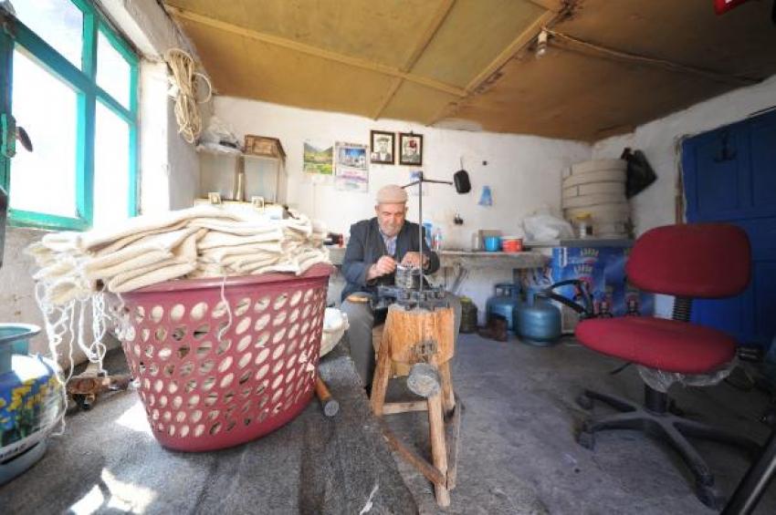 Çorapçıköy'ün son çorapçısı