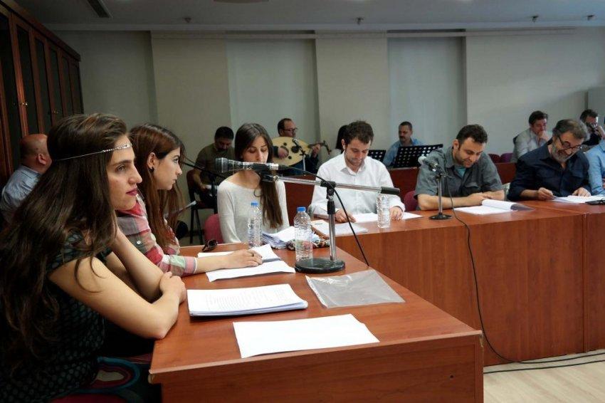 Bursa'da görme engelliler için 'radyo tiyatrosu'