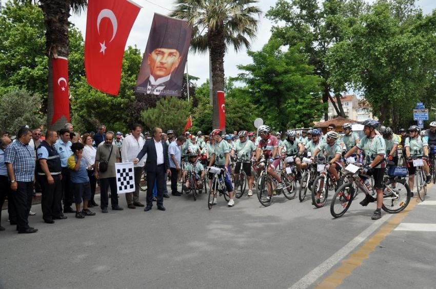 """""""Bisikletle 100 Yıllık Macera Turu"""" başladı"""