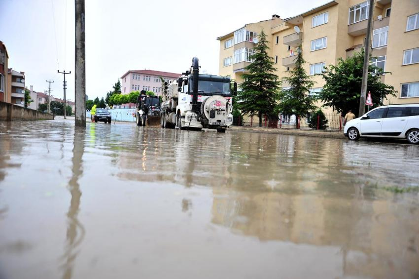 Bursa'da evler sular altında kaldı