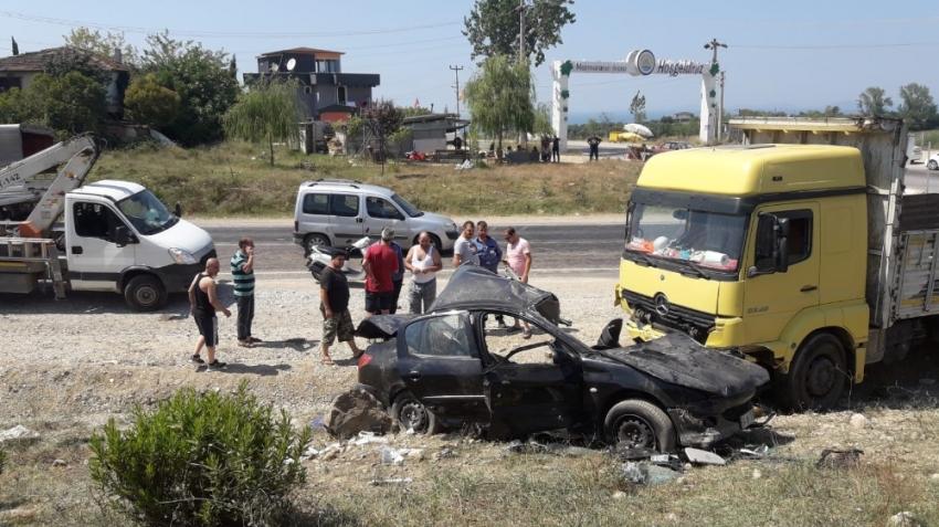 Yalova'da feci kaza: 3 ölü,1 yaralı