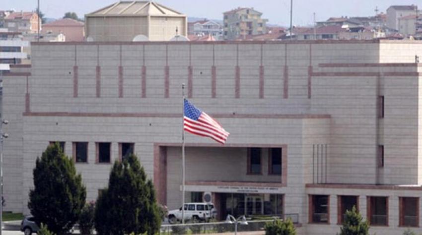 """ABD konsolosluk çalışanı Nazmi Mete Cantürk'e """"FETÖ'ye yardım"""" suçundan hapis cezası"""