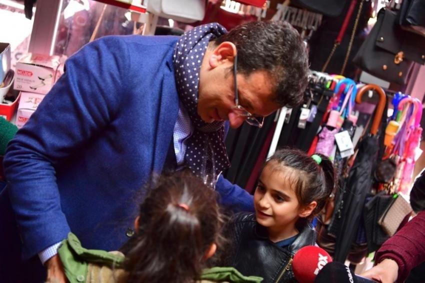 İmamoğlu ile küçük kız arasında ilginç miting sohbeti