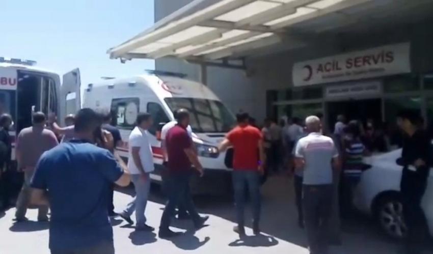 Duvar örme kavgasında 13 kişi yaralandı